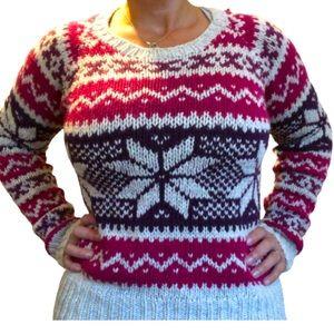 AE Chunky Knit Snowflake Sweater Sz M/L per tag